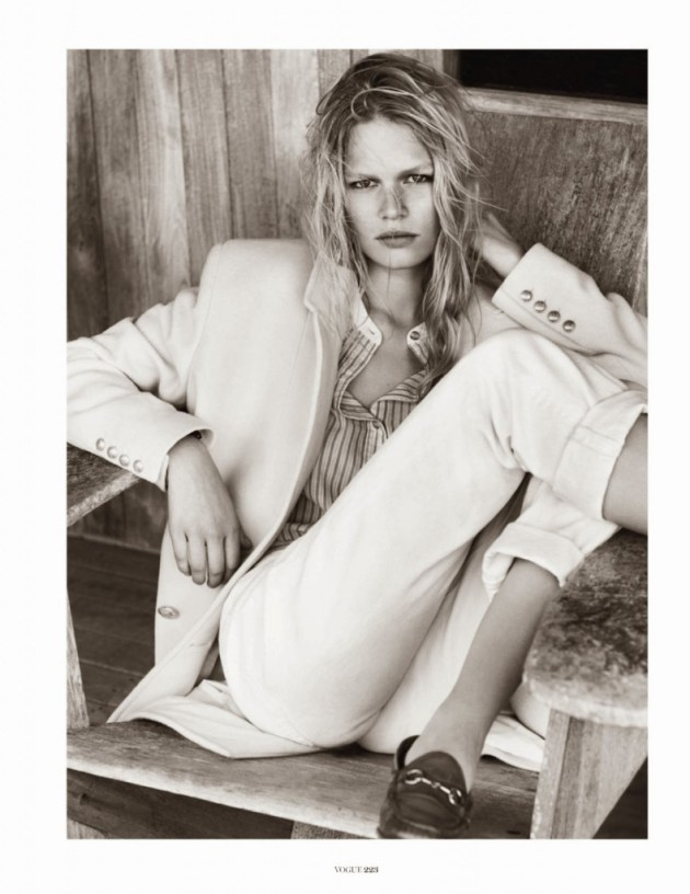 Anna-Ewers-by-Josh-Olins-for-Vogue-Paris-October-2013-3