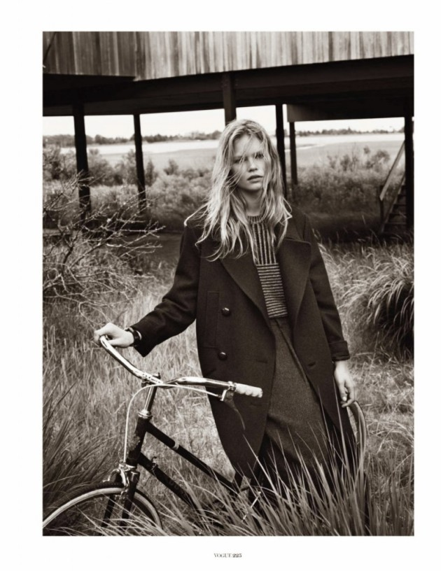Anna-Ewers-by-Josh-Olins-for-Vogue-Paris-October-2013-5