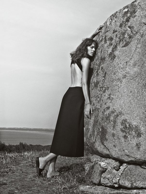 freja-beha-erichsen-by-cass-bird-for-vogue-uk-january-2014-81