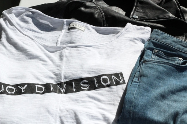 blue-is-in-fashion-this-year-joy-division